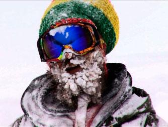 jacob-snowy-beard-уход-за-бородой-зимой борода в снегу сноуборд life4beard.ru